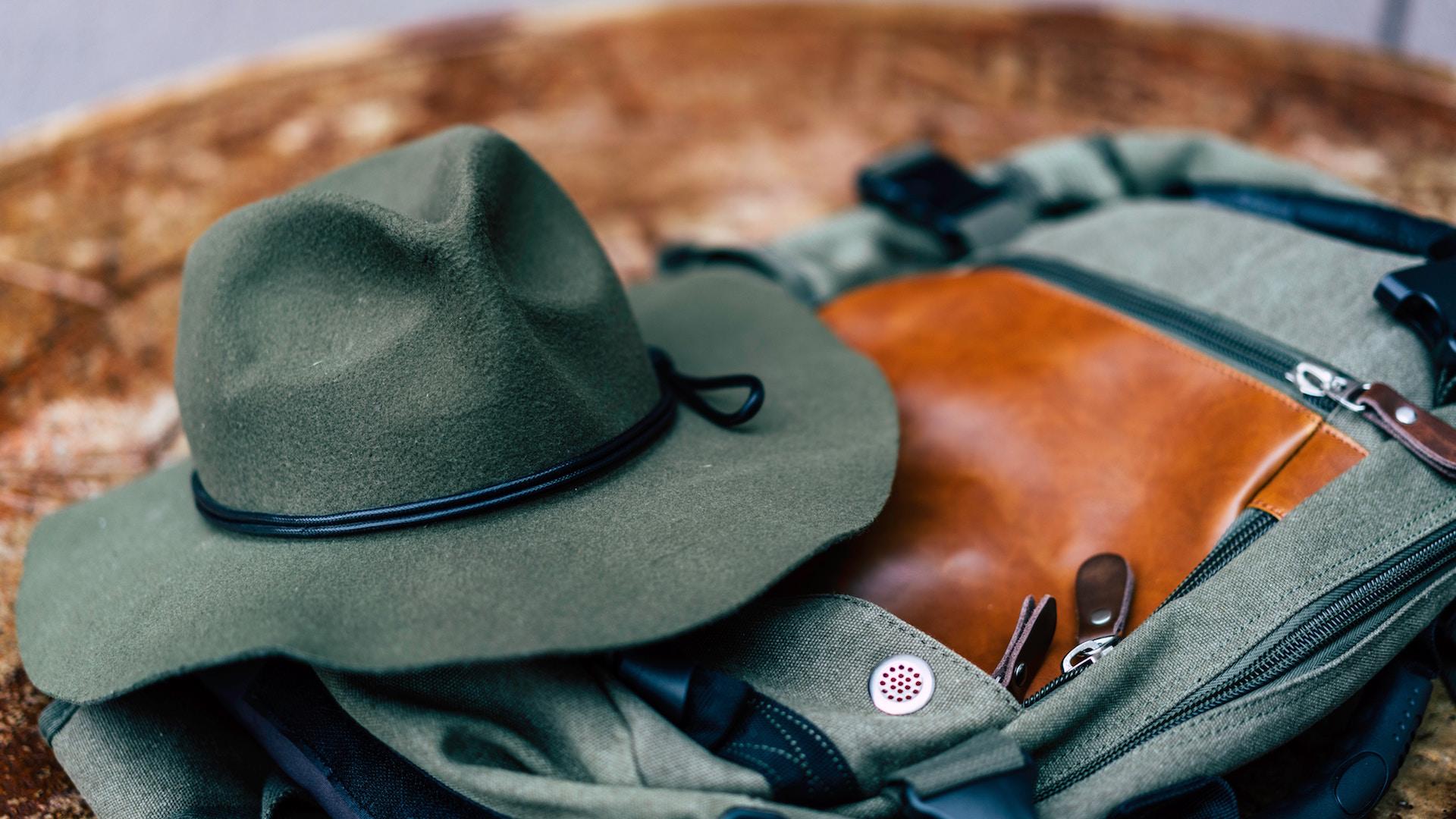 Backpack et chapeau